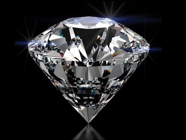 Mơ thấy kim cương có điềm báo gì và đánh con nào?