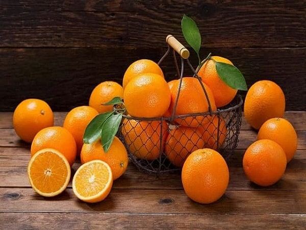 Ngủ mơ thấy quả cam đánh con gì và ý nghĩa tốt hay xấu?