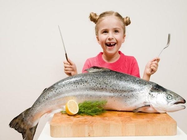 Mơ thấy ăn cá đánh con gì và mang điềm lành hay dữ?